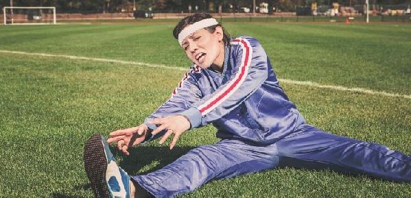 Avoid Running Injuries - Stretch!